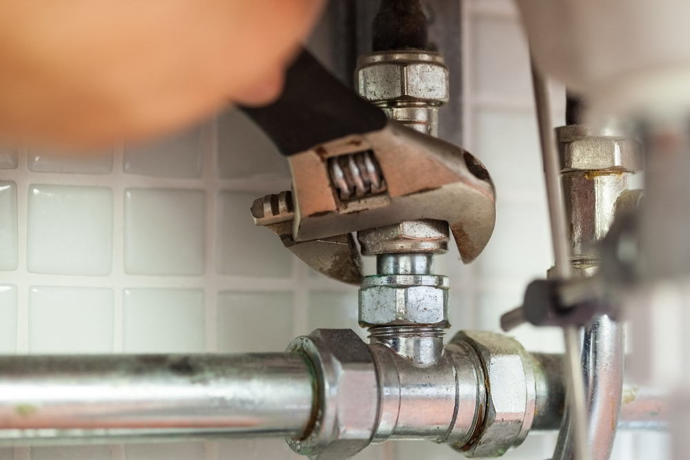 A Licensed Plumber in Trinity has all of the right tools for the job | (727) 475-1474